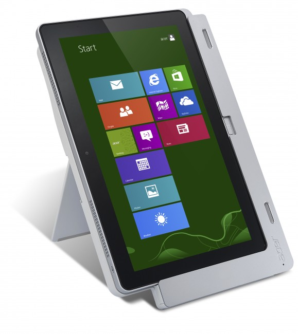 Acer Iconia Tab W700 in Portrait