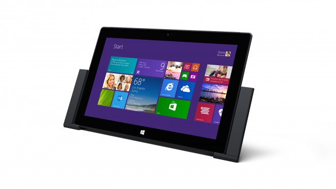 Microsoft Surface Pro 2 in optional dock
