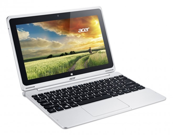 Acer Aspire Switch 10 attached to 500GB keyboard dock