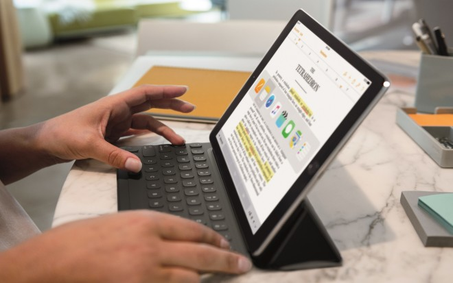 9.7 iPad Pro Smart Keyboard