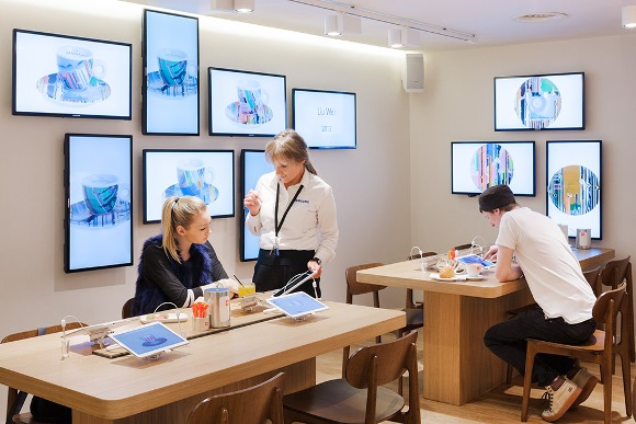 Illy coffee store London digitalized by Samsung