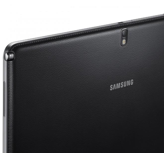 Samsung Galaxy NotePRO camera and LED flash