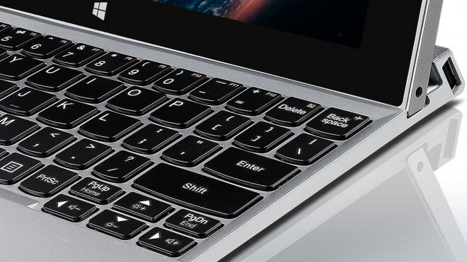 Lenovo Miix 2 10 keyboard and USB port