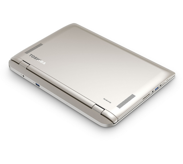 Toshiba Satellite Click 2 rear