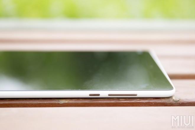 Xiaomi Mi Pad thickness