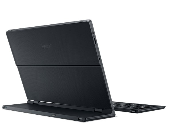 Acer Aspire Switch 12 back