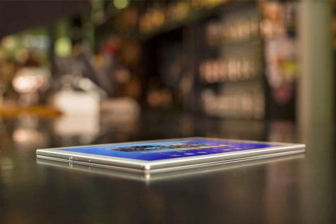 Sony Xperia Z4 Tablet 002
